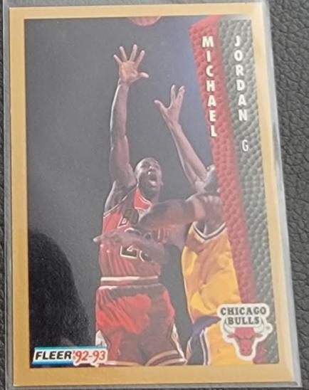 1992-93 Fleer Michael Jordan #32